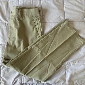 Dockers Khaki Pants NEW WITHOUT TAGS